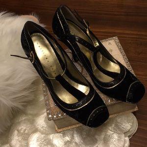 Black gold velvet leather peep toe pump 6